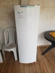 Refrigerador consul 1 porta, 239 litros.