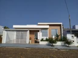 Casa de alto padrão perto do centro