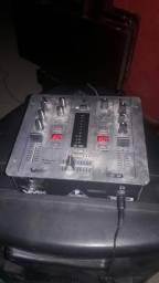 Mix dj vmx 100 behringer