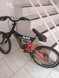 Vende-se uma bicicleta, 300,00