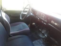 Vendo F.4000 baú ou troco por automóvel de R$ 30,000 abaixo