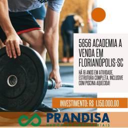 5856 Academia com piscina e equipamentos de primeira linha no Continente
