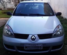 Clio Sedan Authentique Hi-Flex 1.0 16V 4p