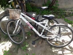 2 Bicicletas leia o anuncio