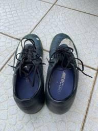 Vendo Chuteira Nike original (42/43)