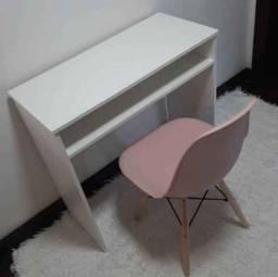 Mega Combo!! Escrivaninha branca + Cadeira R$259,00