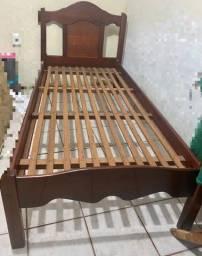 Título do anúncio: Cama de madeira-Solteiro