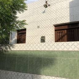 Título do anúncio: Alugo casa no Bairro Seminário