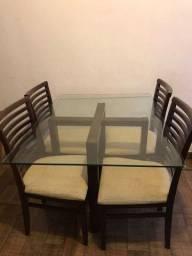 Título do anúncio: Mesa de 4 cadeiras