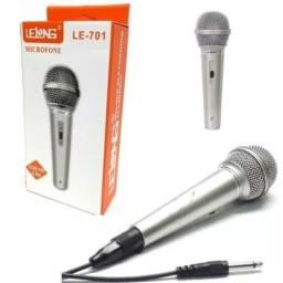 Microfone Karaokê com Fio  2.5M Botão ON/OFF
