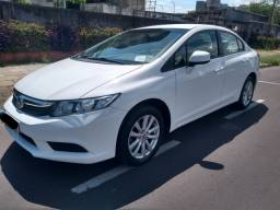 Título do anúncio: Civic LXS automático 2014 , lindo carro