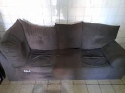 Vendo sofá  3 lugares 250 reais