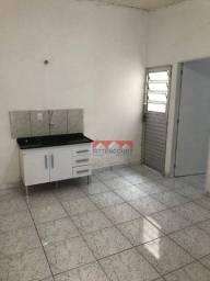 Casa com 1 dormitório para alugar por R$ 500,00/mês - Jardim Copacabana - Jundiaí/SP