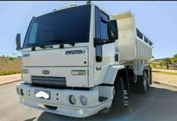 Título do anúncio: Ford cargo 2628 Caçamba