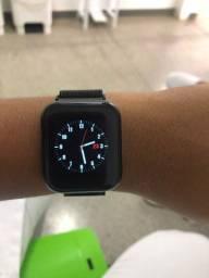Relógio inteligente modelo 4