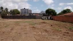 Terreno 2640M² em Lauro de Freitas Plano,Portão eletrico, muro de 3 metros