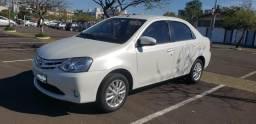 Toyota Etios XLS - banco em Couro /único dono / kit multimidia - 2015