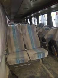 Bancos estofados de ônibus 371