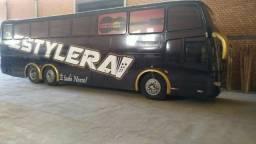 Ônibus preparado para banda