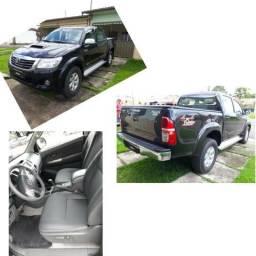 Vendo uma Toyota hilux srv a diesel. 4×4 ano 2013 - 2013