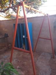 Vendo balanço 2 lugares para crianças, interessados chamar no whats: *