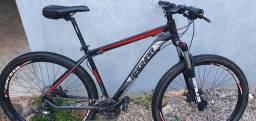 Bike mtb aro 29 Quadro tam.19 PRETA / VERMELHA