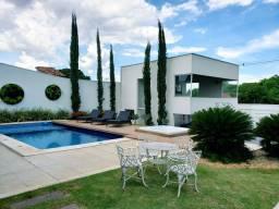 Título do anúncio: Belíssima Casa de Altíssimo Padrão - Vila Rezende | Goiânia