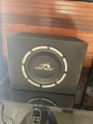 Subwoofer hinor grave