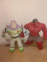 Vendo os dois bonecos com 50 centímetro por 350 reais