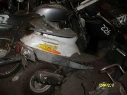 Duas scooter