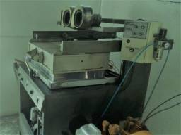 Máquina de Vacuum Forming