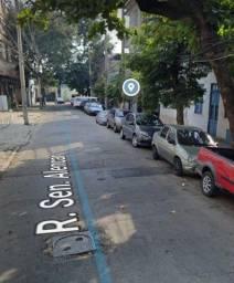 Título do anúncio: Casa Linear Frente C/ Laje Livre Reformada Quintal São Cristóvão Prox. Maternidade c/ RGI