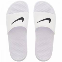 16ff27dc219 Chinelos Sandálias Nike Just do It Lançamento