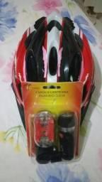 Vendo capacete e um o farol é zero nunca foi usado. segue fotos em anexo