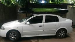 Vendo ou troco. O carro se encontra em Palmas - 2003
