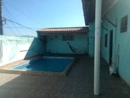Ótima casa com Piscina na Vila Menino Jesus em Caçapava
