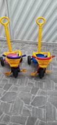 Triciclo infantil Menino e Menina