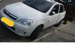 Corsa Premium sedan 2009 1.4 - 2009