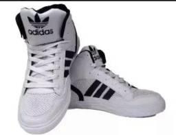 Tênis Adidas cano alto unissex