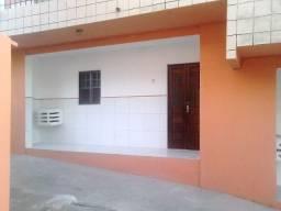 Casa em candeias condomínio fechado fone 998409325