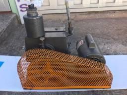 Vendo Bomba de Vácuo, HF p/ laboratório de neon entre outros