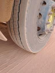 Caminhão iveco tector 240E28