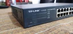 01 switch 24 portas TP-Link TL-SG1024D