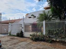 Sobrado com 4 dormitórios à venda, 424 m² por R$ 1.690.000,00 - Zona 08 - Maringá/PR