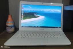Título do anúncio: Notebook 06 GB de ram e HD de 500 gb