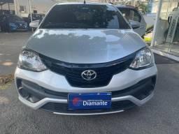 Título do anúncio: Toyota Etios 1.3 X aut 2020 com garantia falar com Mayara