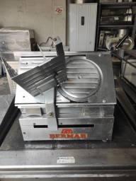 Vendo cortador de frios bermar automático