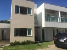 Casa em condomínio com  04 suites em Macaé