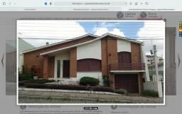 Casa pra alugar de alto padrão