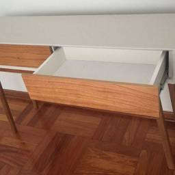 Aparador Moderno - Linda peça - 1,20 m  Excelente qualidade
